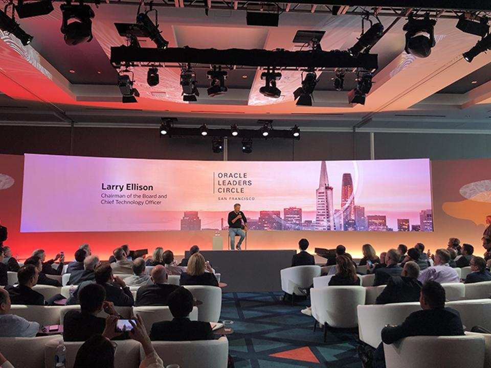Larry Ellison takes questions from the guests at Leaders Circle during Oracle OpenWorld.
