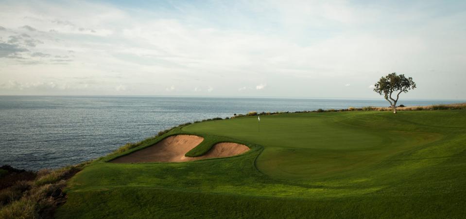 The Four Seasons' Lanai golf course