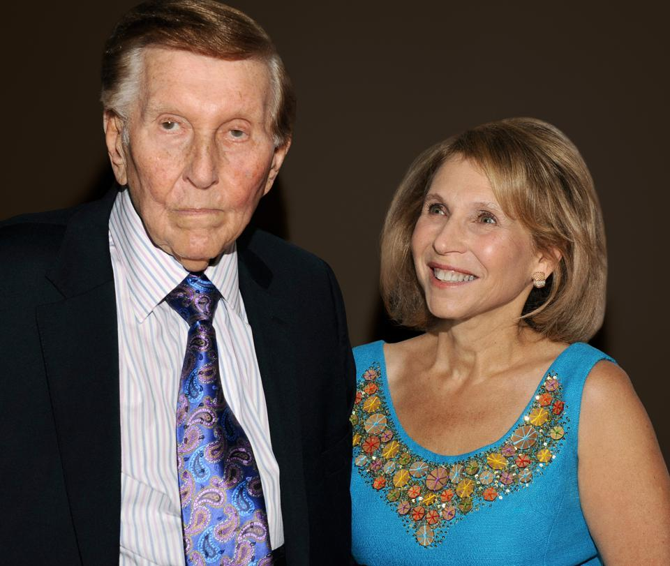web-Shari-Redstone-and-Sumner-by-Mark-Sullivan-Getty-Images_KZ-RD3