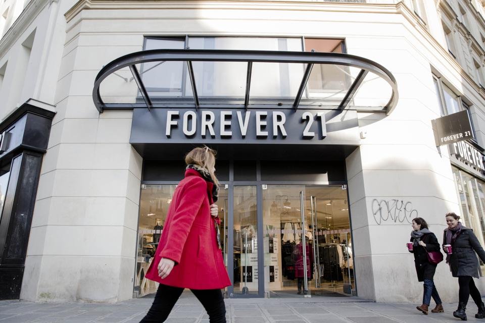 Forever 21 files for bankruptcy, will close stores