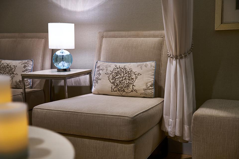 The Ritz-Carlton, Tysons Corner's Spa Relaxation Room