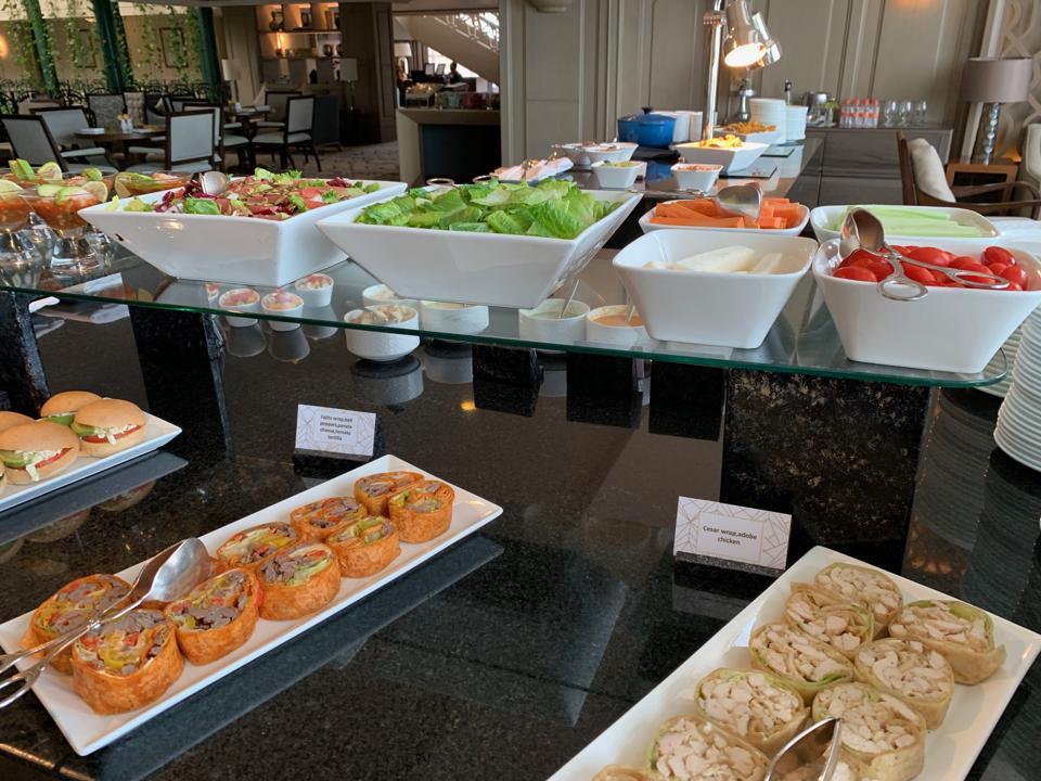 Ritz Cancun club lounge