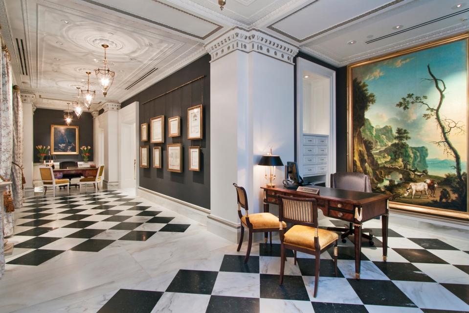 The Jefferson DC - Lobby Artwork