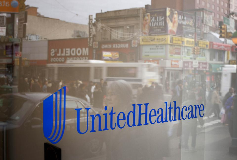 UnitedHealth Retail Stores Sell Insurance With A Smile