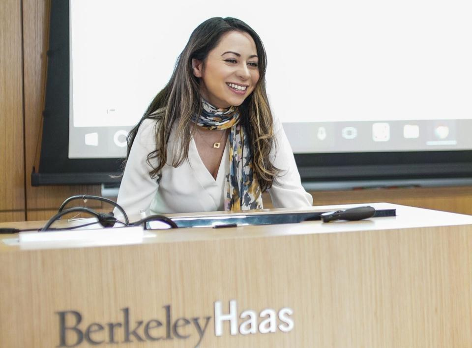Dr. Sahar Yousef, a cognitive neuroscientist at UC Berkeley, speaking at the University of California, Berkeley Haas School of Business.