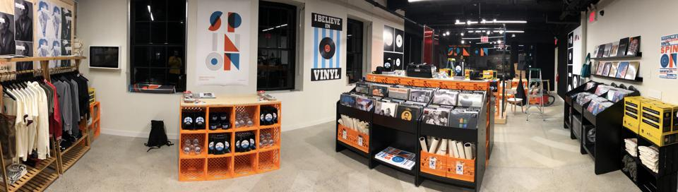 Spin On: Nashville's Vinyl Collection Pop-up to remain open through January 15th 2020