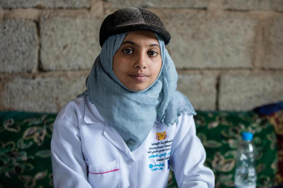 UNICEF-trained community health worker Afrah, 19, visits vulnerable infants and their mothers for health checks in rural Yemen.