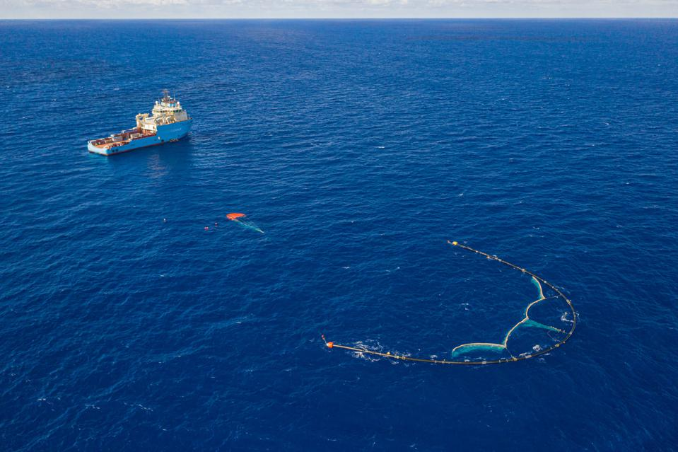 parachute cleanup ocean garbage patch