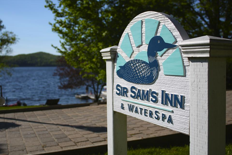 Sir Sam's Inn & Water Spa, cannabis tourism, Ontario, cannabis-friendly hotels
