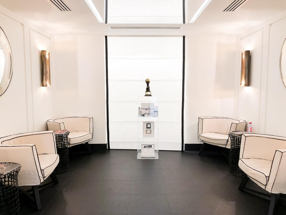 Monte Carlo - View of the waiting area at the Givenchy Spa