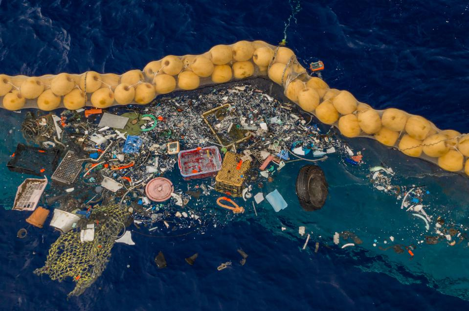 Ocean Cleanup Project Successfully Catches First Plastic From Great Pacific Garbage Patch