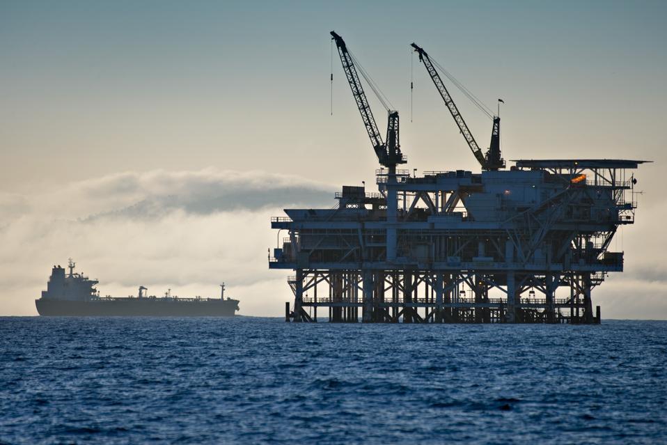 West Coast Senators Propose Ban On Offshore Drilling