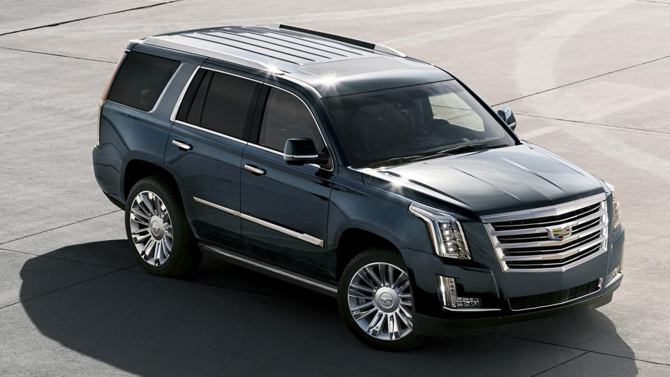 The large and in charge Cadillac Escalade is being offered with a whopping $8,000 cash rebate this month.