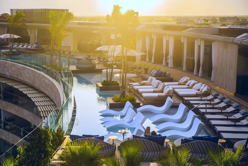 rooftop infinity pool at Thompson Playa del Carmen