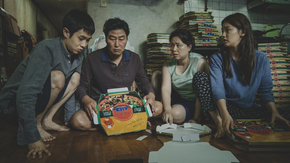 The Kim Family Woo-sik Choi Kang-ho Song Hye-jin Jang So-dam Park in Parasite