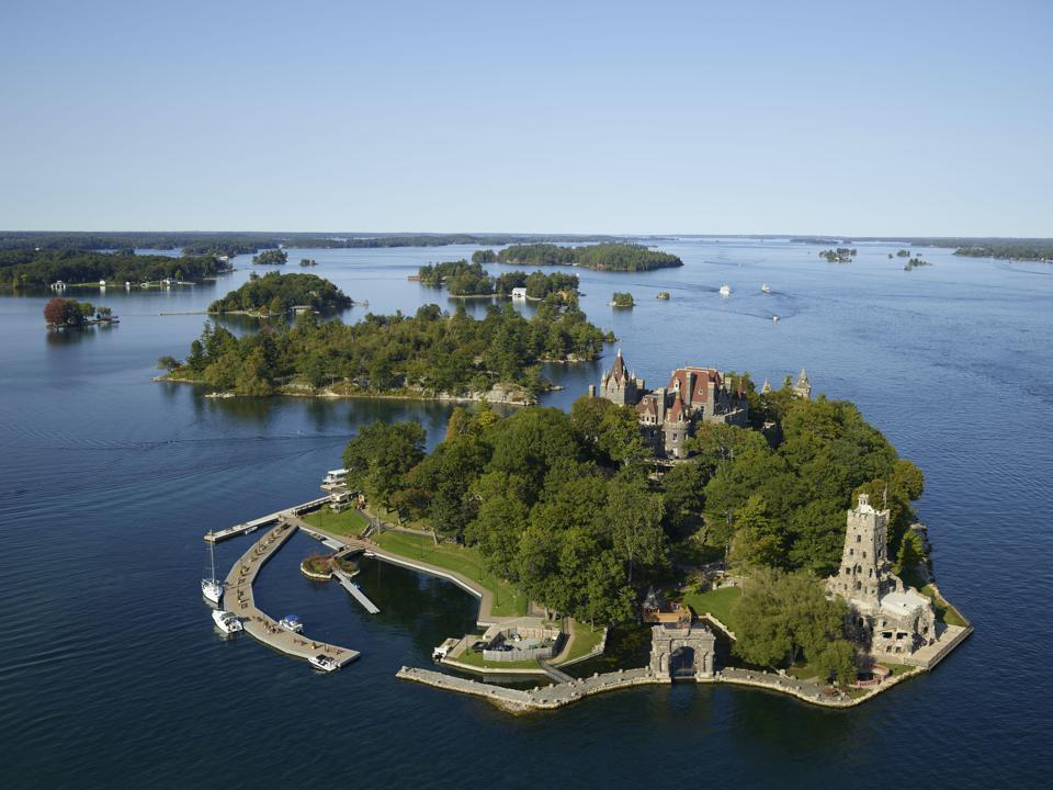 5 Best Ways To Experience The 1000 Islands, Ontario
