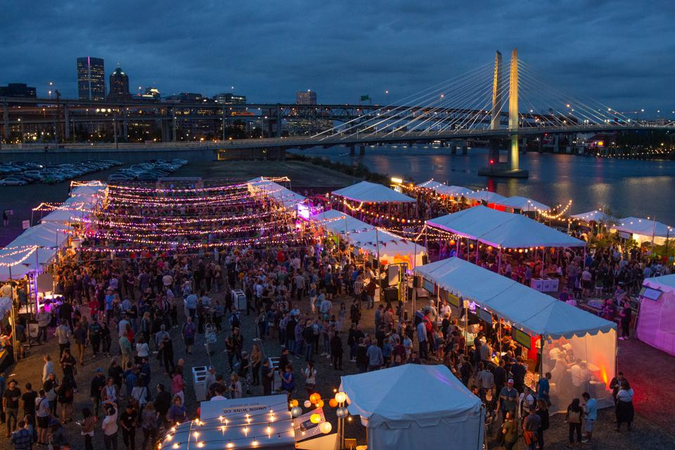 Crowds at Feast Portland's ″Night Market″ event.