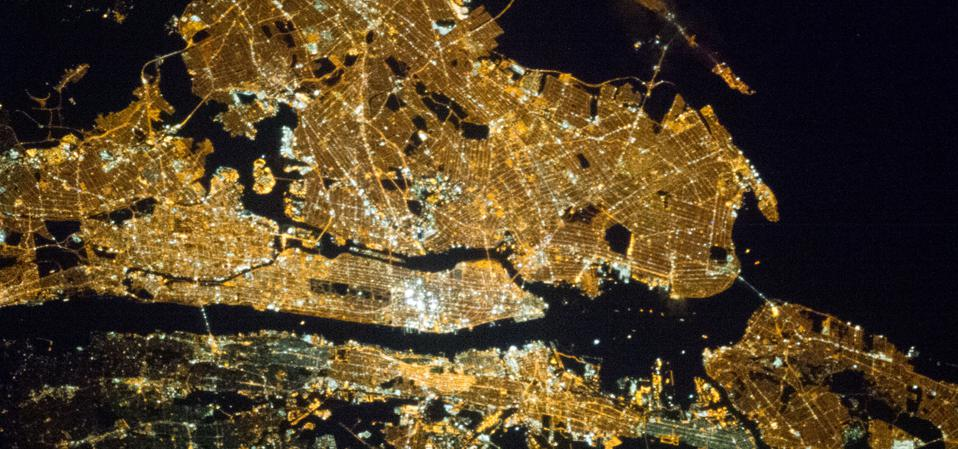 One of the Expedition 35 crew members aboard the Earth-orbiting International Space Station exposed this 400 millimeter night image of the greater New York City metropolitan area on March 23, 2013.