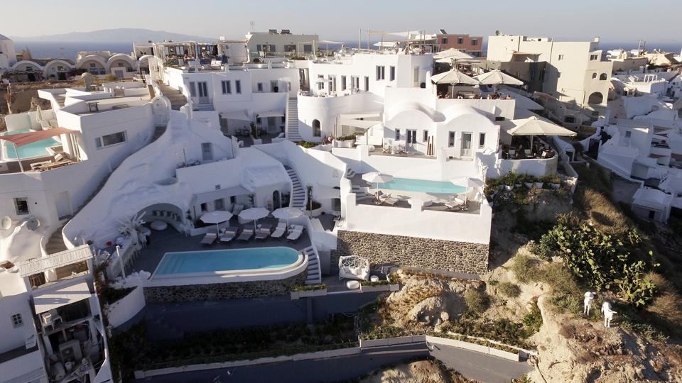 Serenity in Santorini: Canaves Oia Epitome Hotel