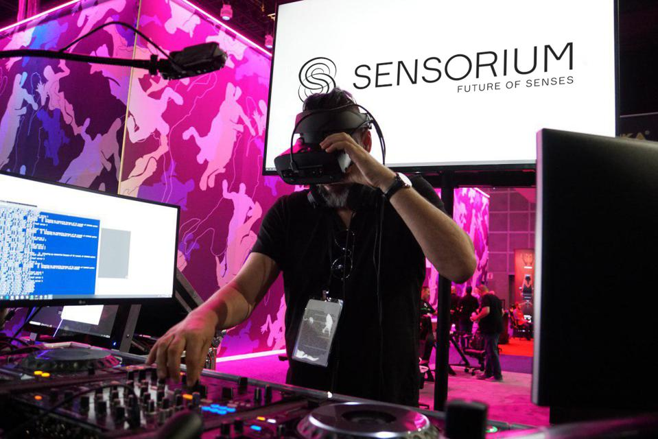 Music fans prepare. Social Virtual Reality will heighten your experience.