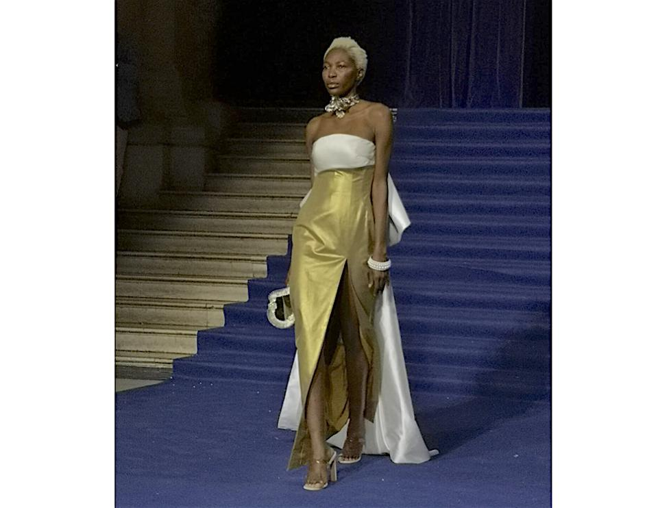 One of the glamorous looks from MrHuaMrshua shown at Paris Fashion Week, September 2019