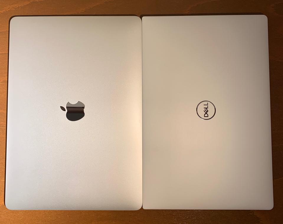 MacBook Air Retina (left) and Dell XPS 13 9380.