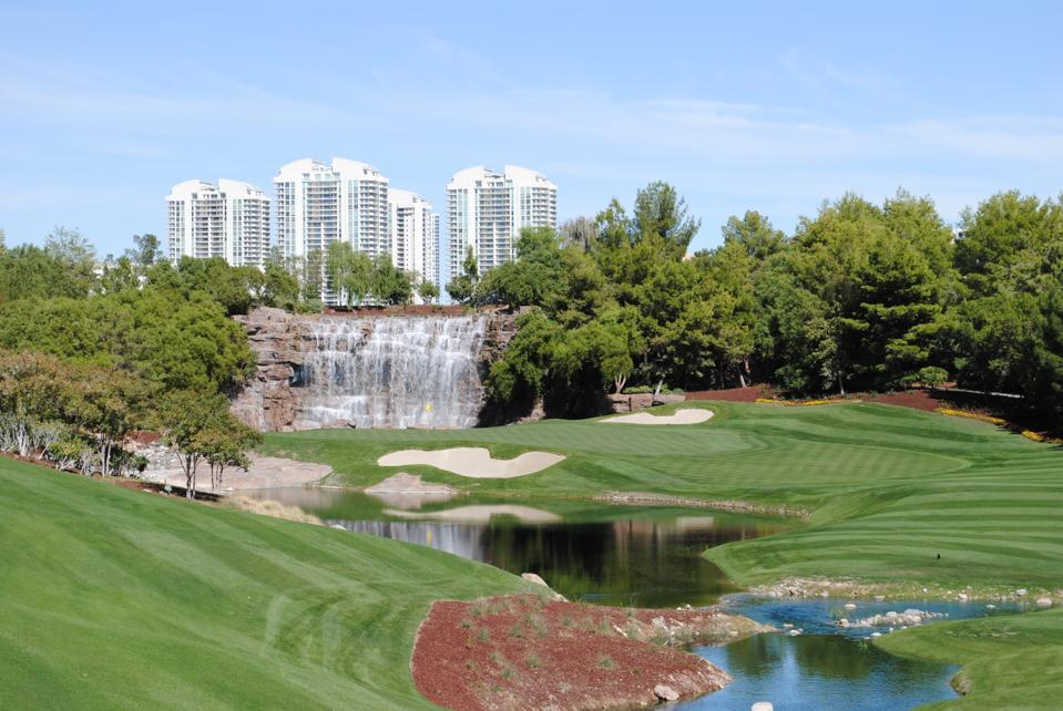 Wynn Golf Club 18th hole