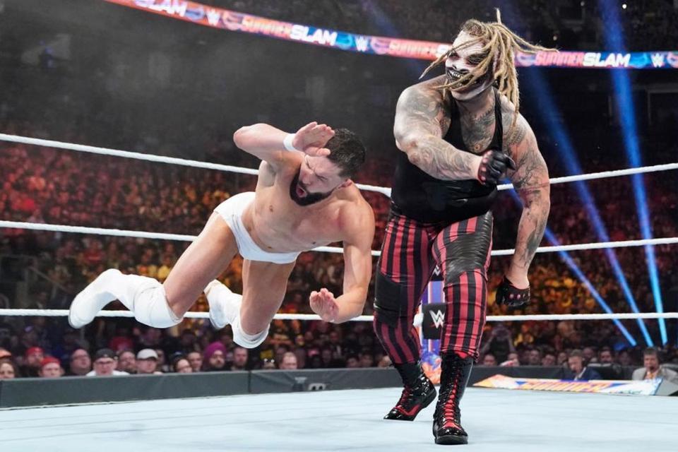 WWE: Bray Wyatt vs Finn Balor