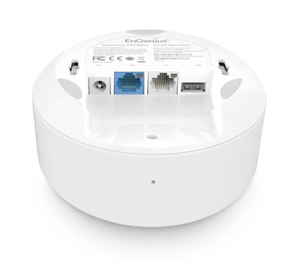 Underneath view mesh router
