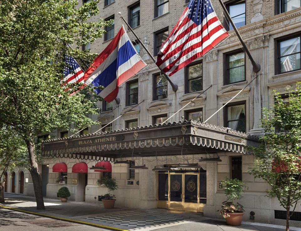 Hotel PLaza Athenee, one of the hotels available on the app.