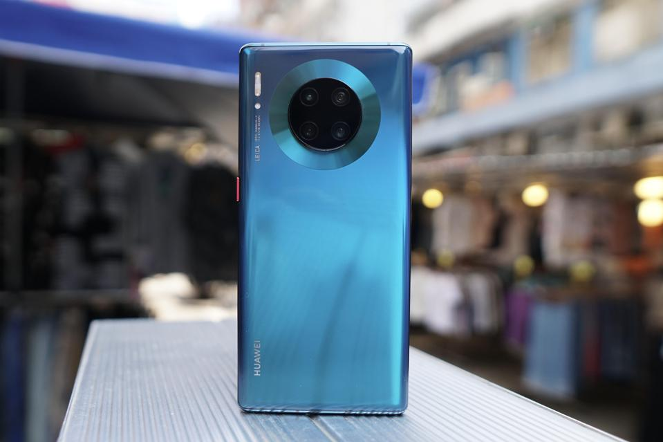 Huawei's Mate 30 Pro has sold like hot cakes in China, helping Huawei keep its sales numbers respectable.