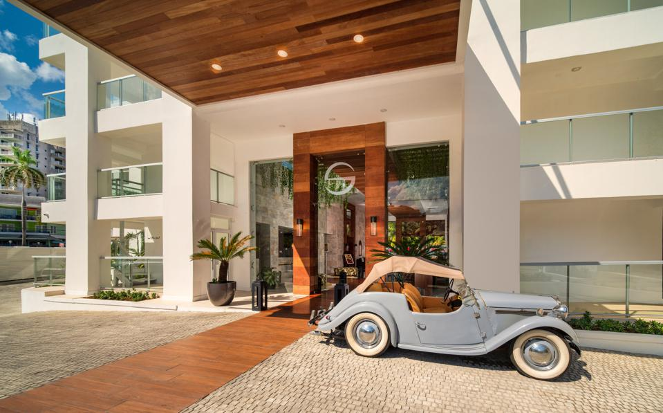 Small Luxury Hotels of the World Hand-Selects Five New Hotels for October