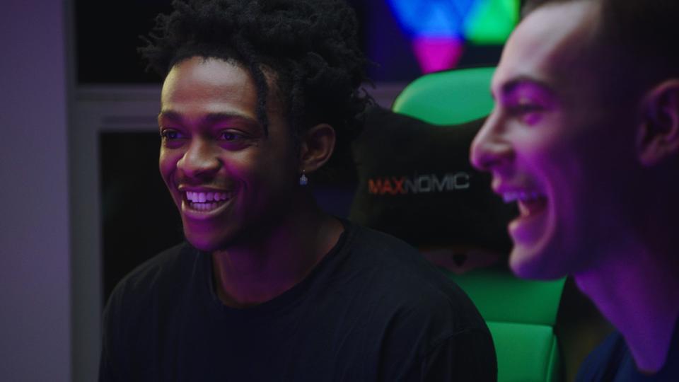 De'Aaron Fox, Josh Hart Show Off Their Gaming Rigs In New Bleacher Report Show
