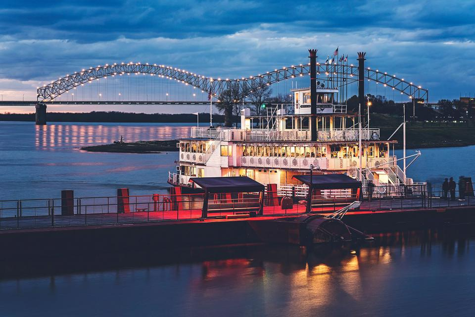 Memphis riverboat
