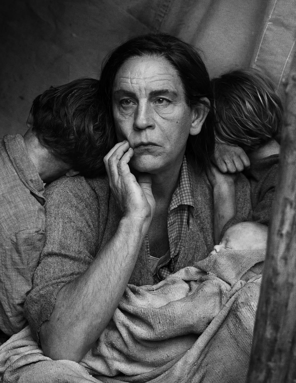 Sandro Miller after Dorothea Lange, Migrant Mother, Nipomo, California (1936), 2014.