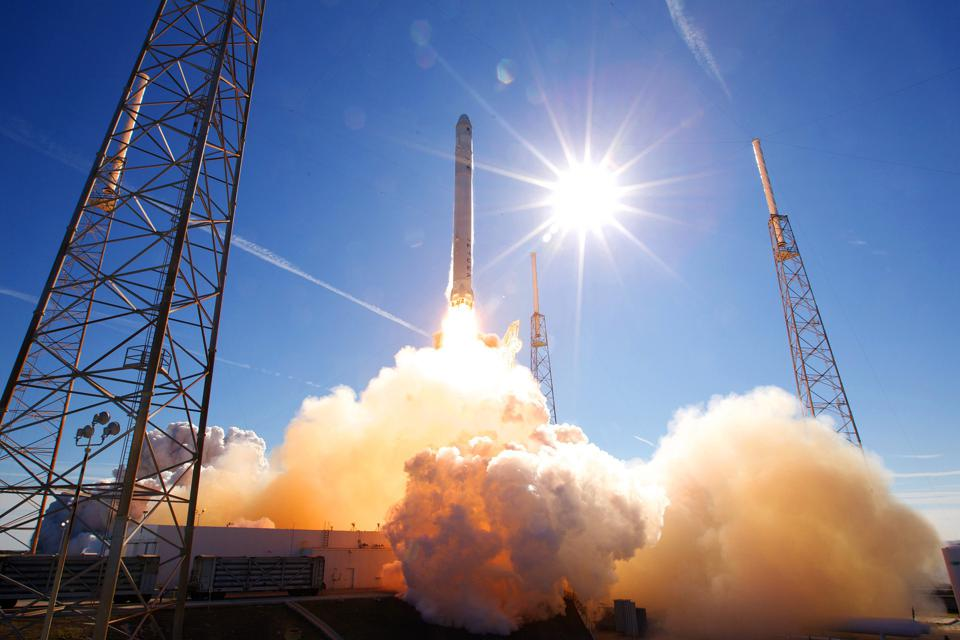 How SpaceX Just Turbocharged The Space Race (Again)