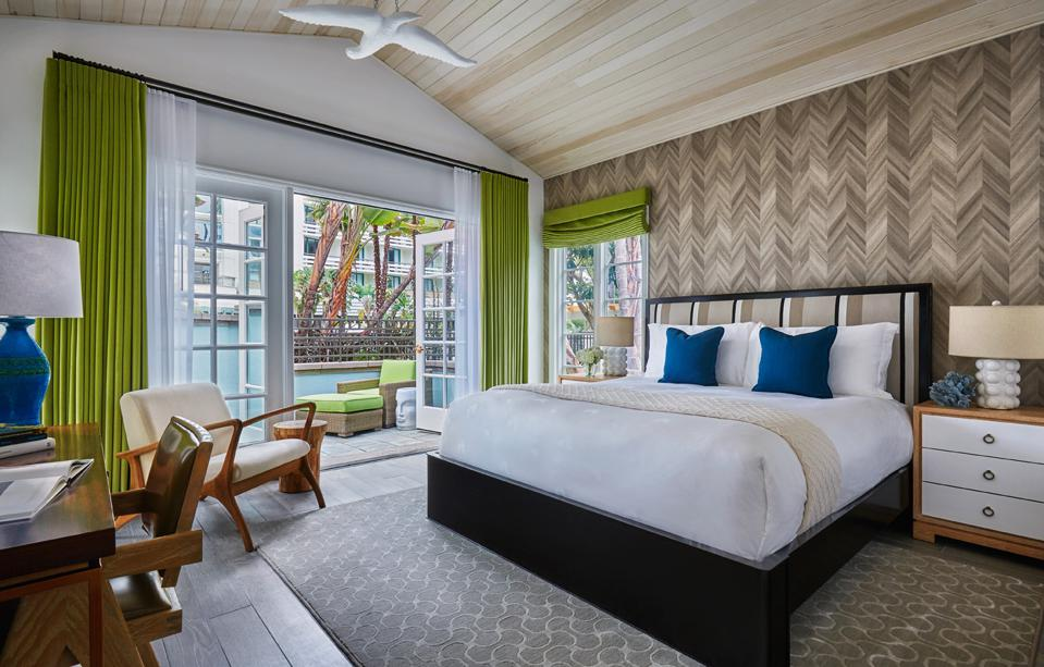 Fairmont Miramar Hotel & Bungalows, cannabis-friendly hotels, cannabis travel