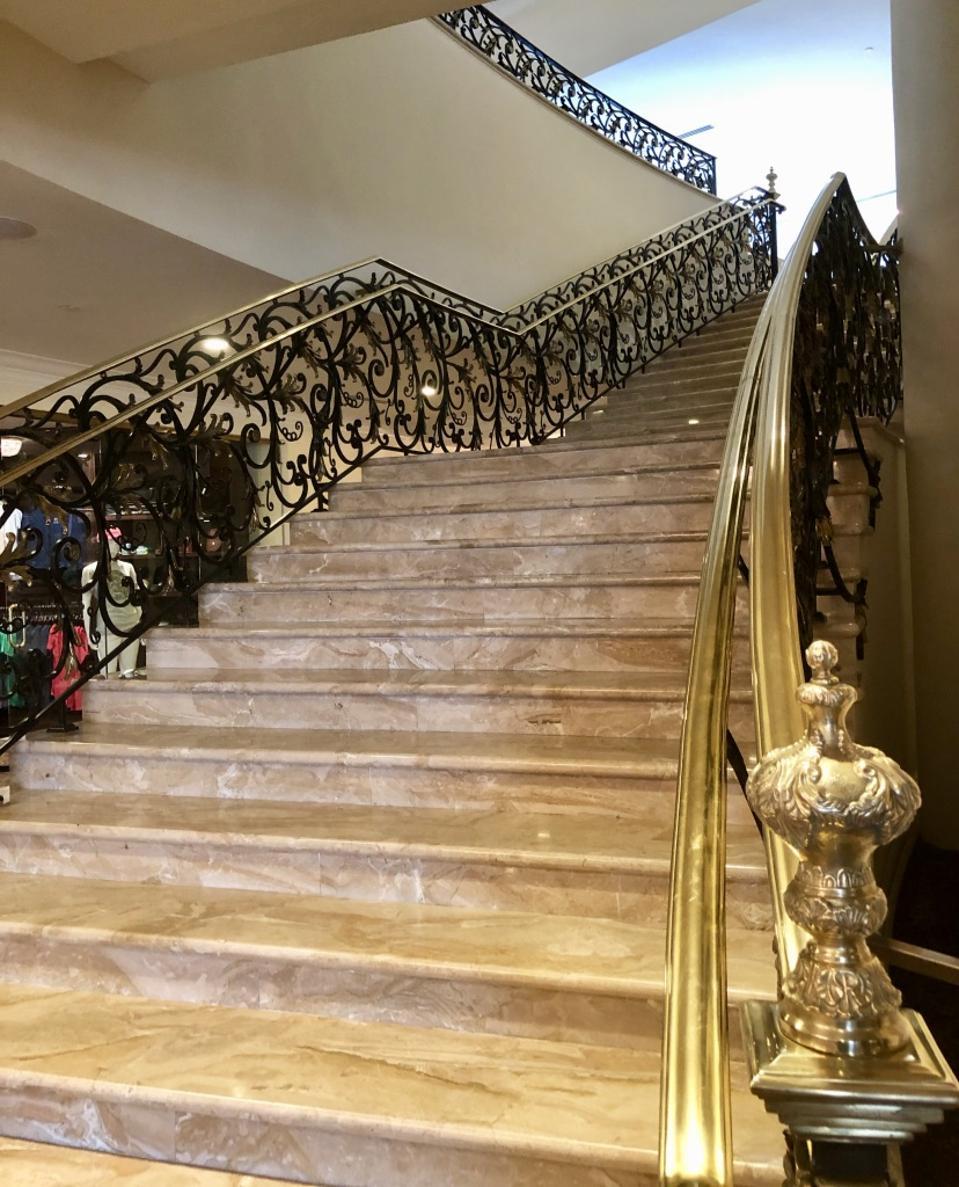staircase Trump