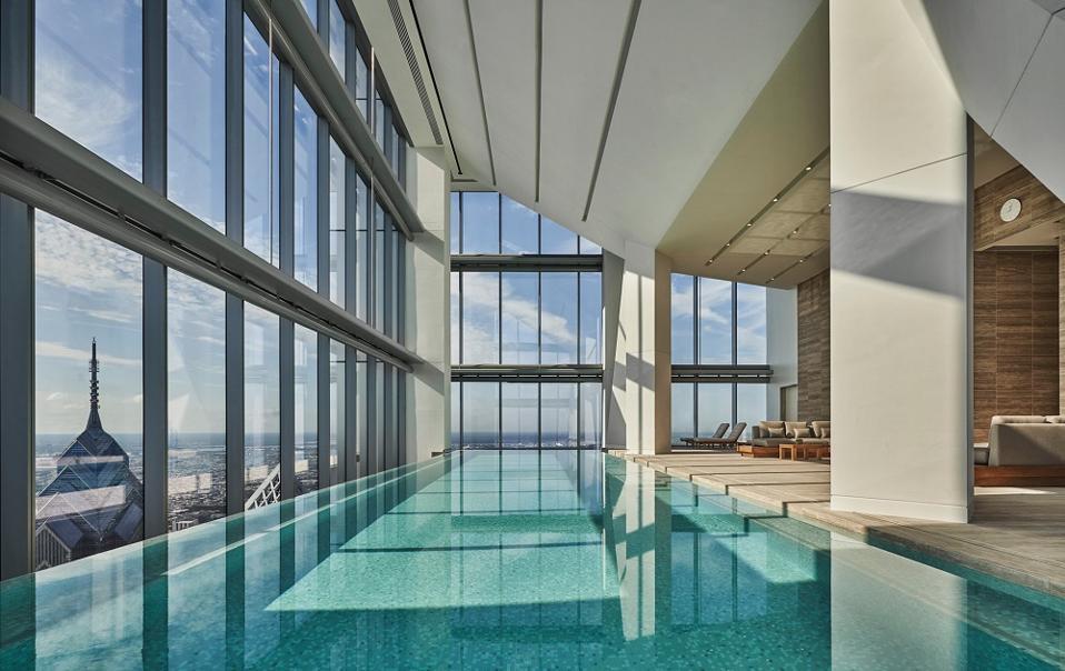 Four Seasons Hotels Philadelphia pool.