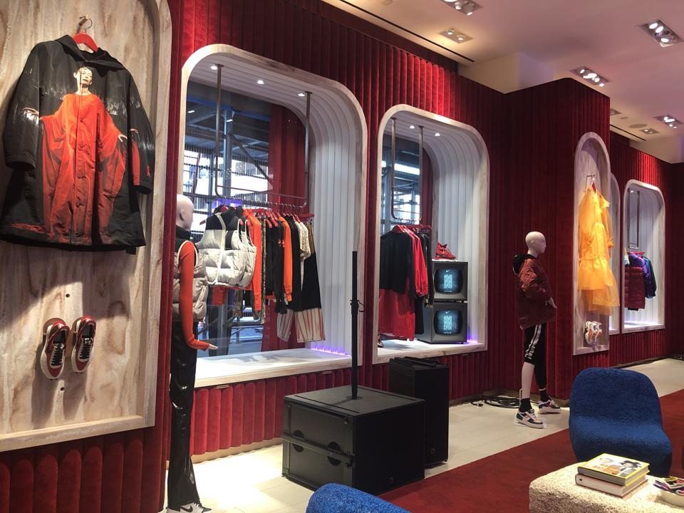 NordstromX Nike shop