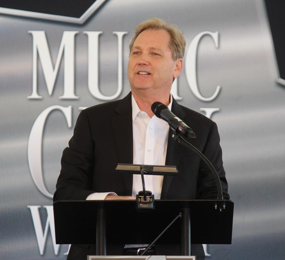 Singer, Songwriter, and Musician Steve Wariner
