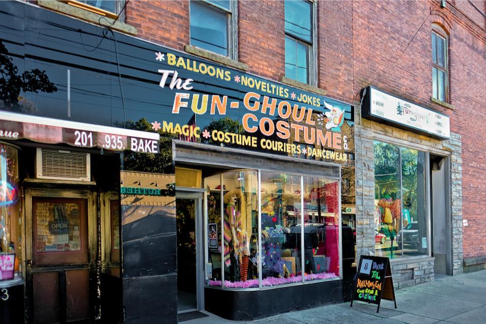 Fun-Ghoul Costume shop