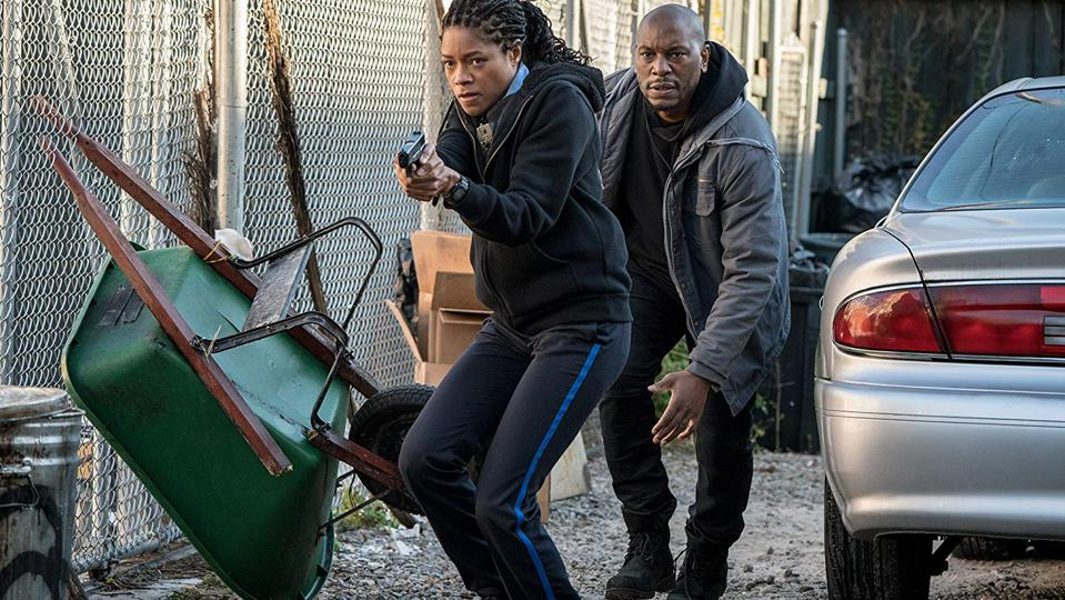 Naomie Harris and Tyrese Gibson in 'Black and Blue'