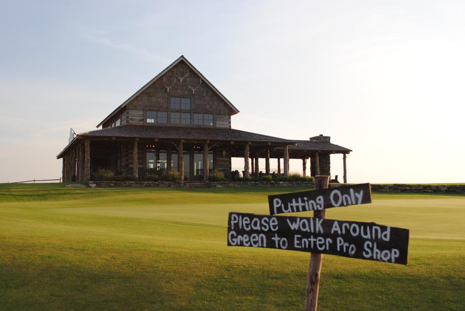 The Ozarks National clubhouse