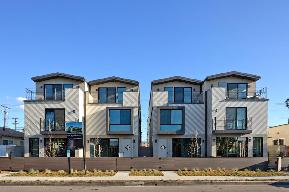 Four multi-famliy townhomes in Venice, Calif., designed by David O'Malley.