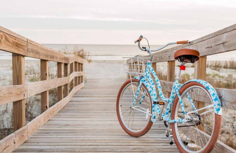 Custom made bike designs to promote awareness about sea turtlessting turtles