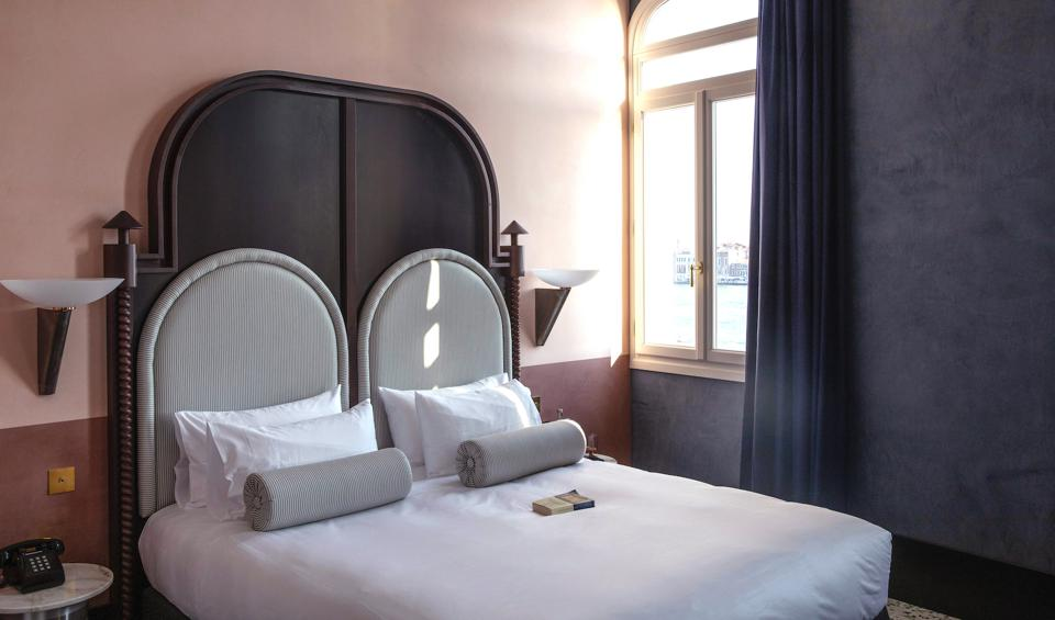 A bedroom at Il Palazzo Experimental.