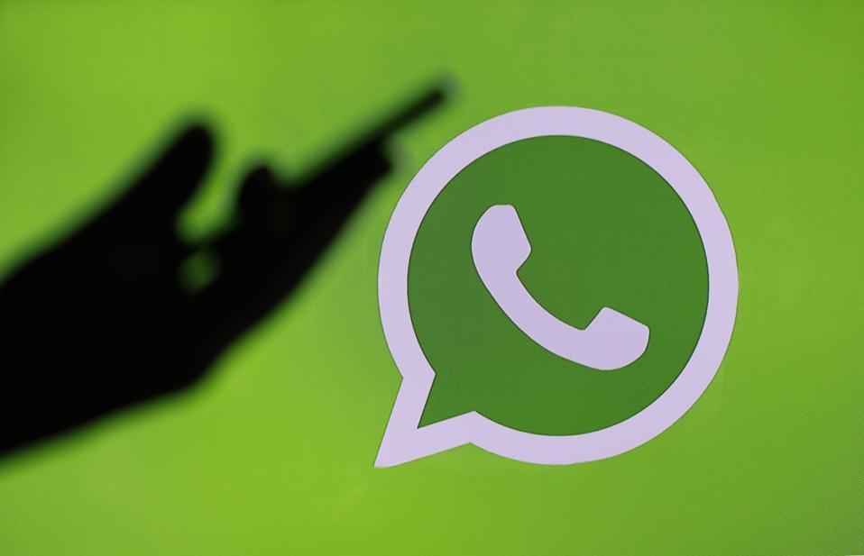 Facebook, Instagram, WhatsApp : Illustration