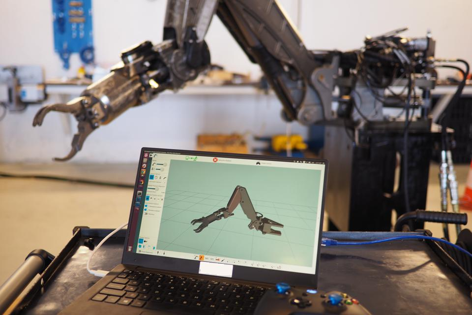 Olis Robotics creates robot control technologies for underseas environments and also for space.