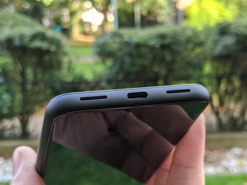 Google Pixel 4 speakers, Pixel 4 headphone jack